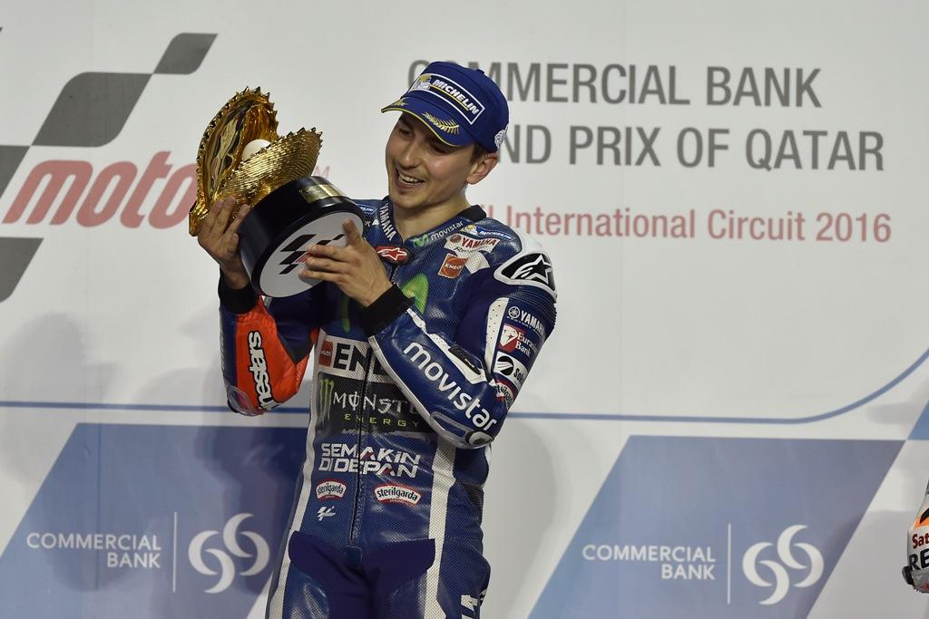 MotoGP 2016, Jorge Lorenzo vincitore in Qatar