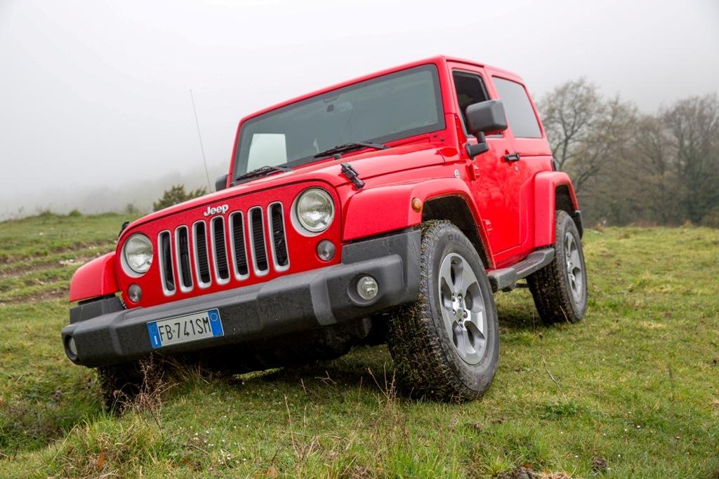 Wrangler Sahara, aspetto imponente per la Jeep di punta