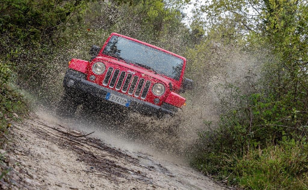 Jeep Wrangler, ambientazione unica per la prova della Sahara