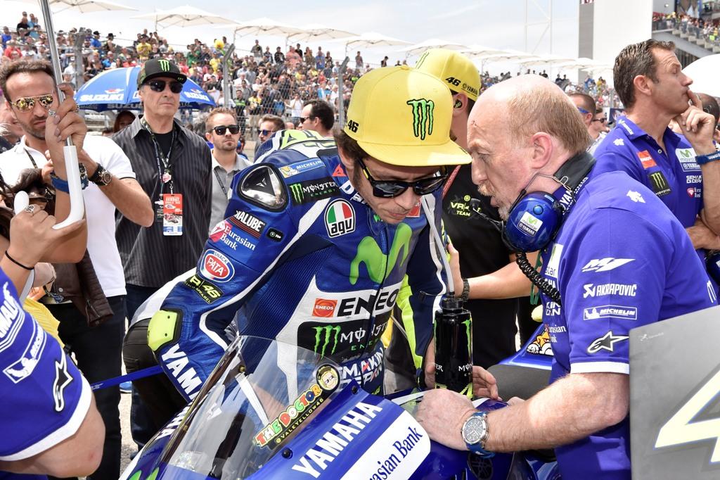 MotoGP 2016 Valentino Rossi caduto al seondo giro del GP in Texas