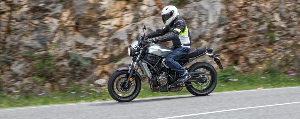 XSR700, una moto per tutti e per tutto...