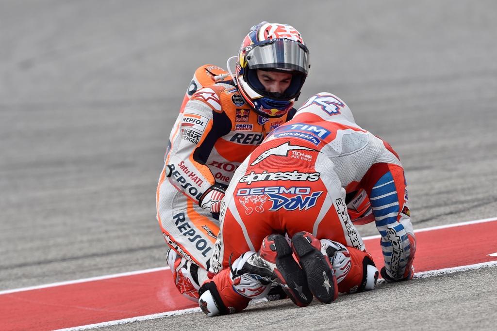 MotoGP. Texas. un bel gesto di Pedrosa dopo il contatto do Dovizioso