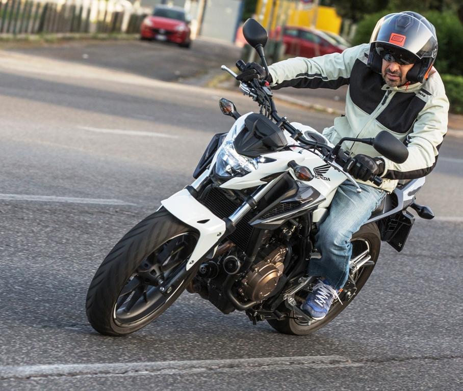 Honda CB500F, la prova in ambito cittadino