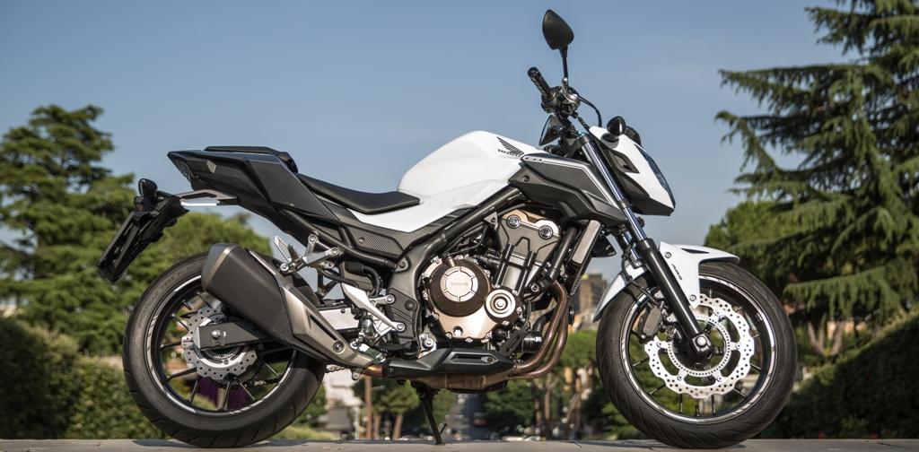 Honda CB500F, essenziale e naked