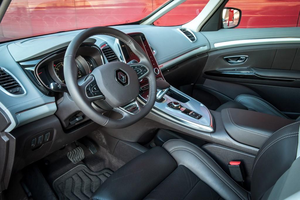 gli interni della nuova Espace Renault
