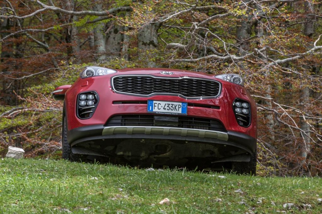 La Kia Sportage AWD soffre un po' in queste situazioni a scarsa aderenza