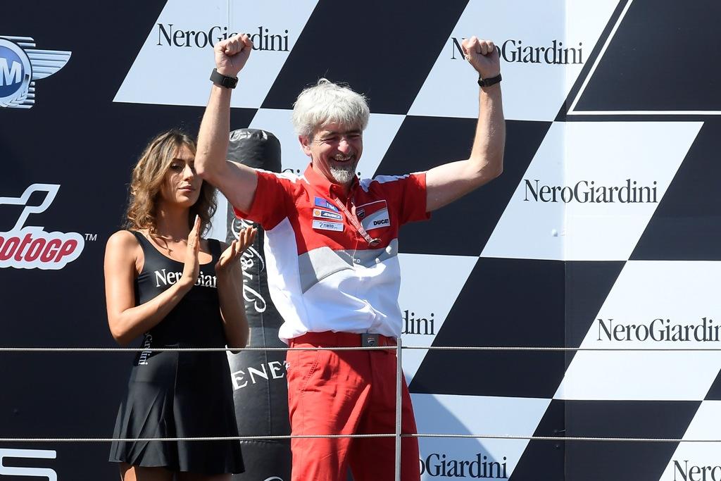 l'Ing. Dall'Igna felice per la doppietta Ducati
