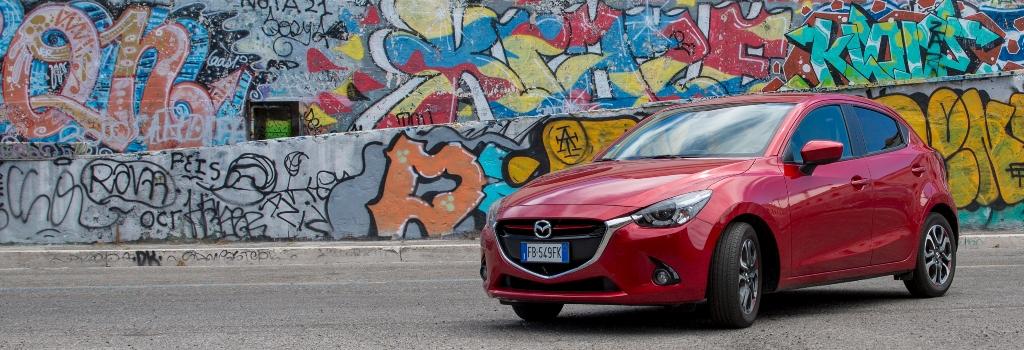 Mazda 2 è evoluzione del concetto utilitaria secondo Mazda