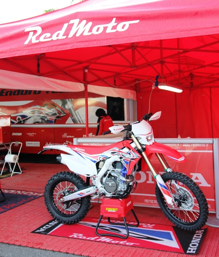 la tenda red moto 2016 a staffora, assoluti 2016