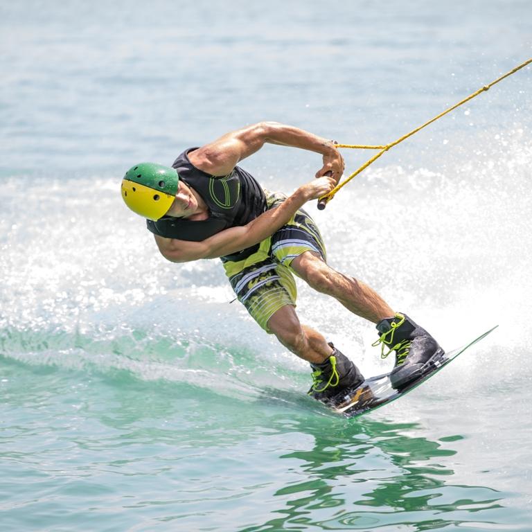 wakeboard lago del salto CNVS