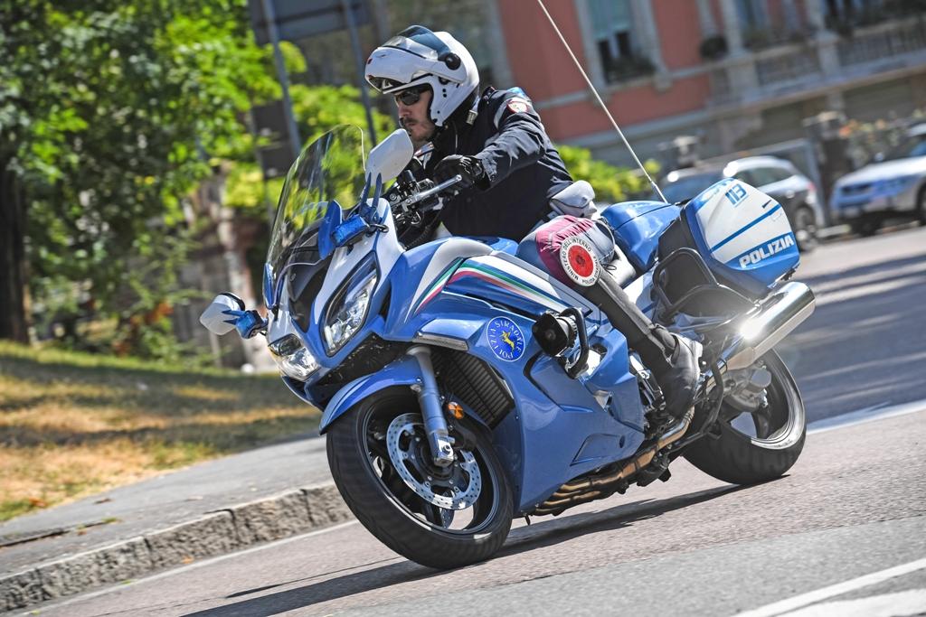 la FJR in dotazione alla polizia stradale di Milano