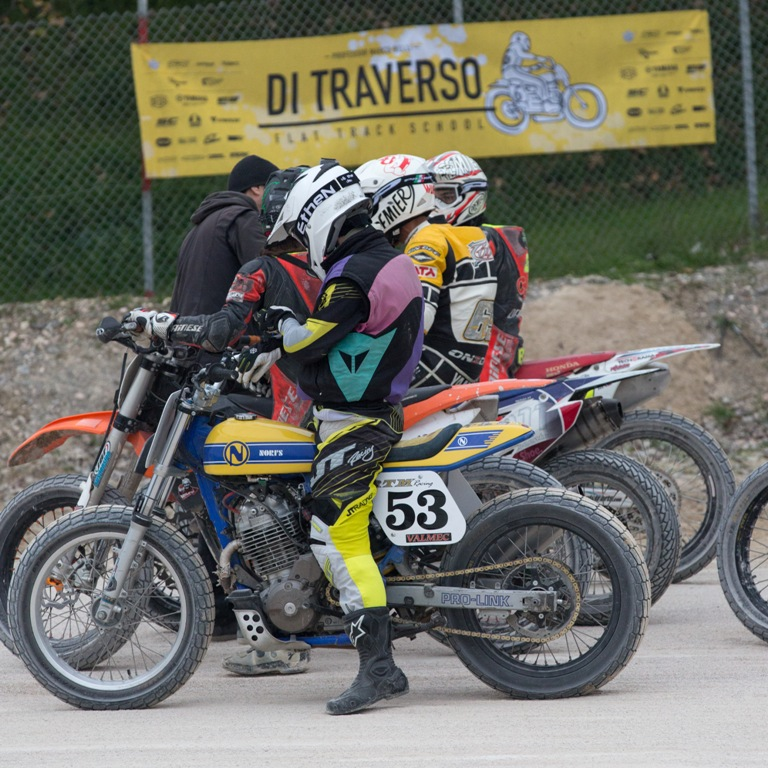 allievi a misano alla di traverso flat track school