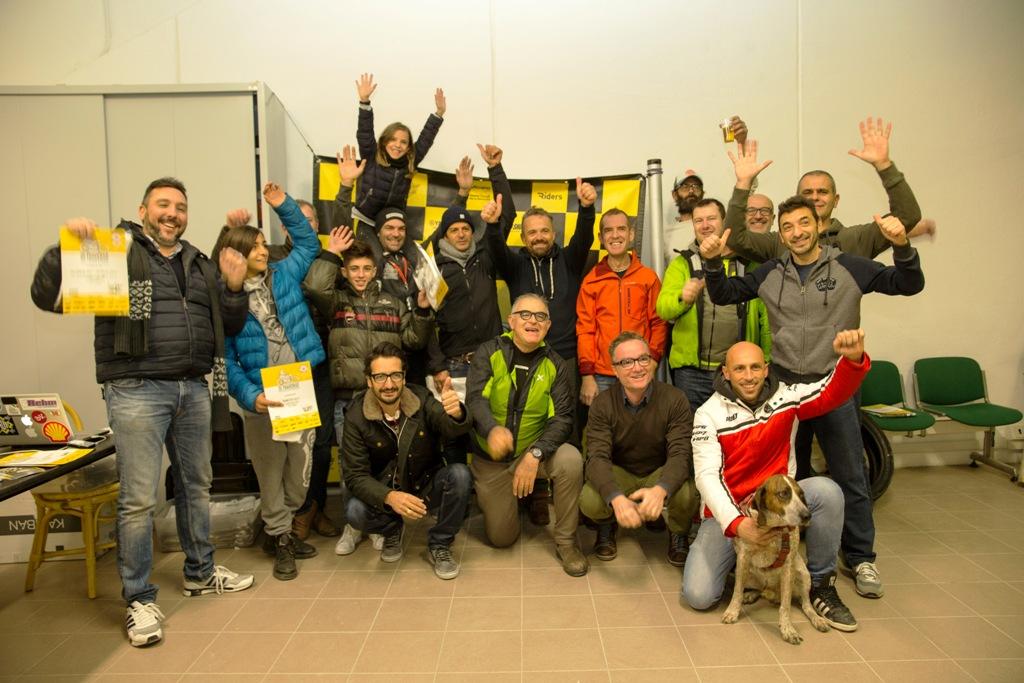 Di Traverso Flat Track School: foto di gruppo