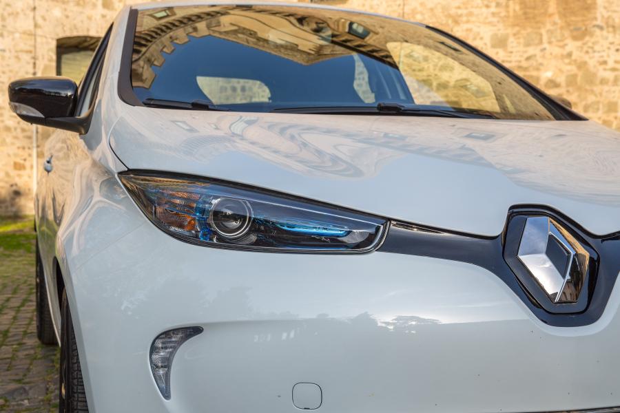 Schemi Elettrici Renault : Prova: renault zoe r110 guida e relax performancemag.it