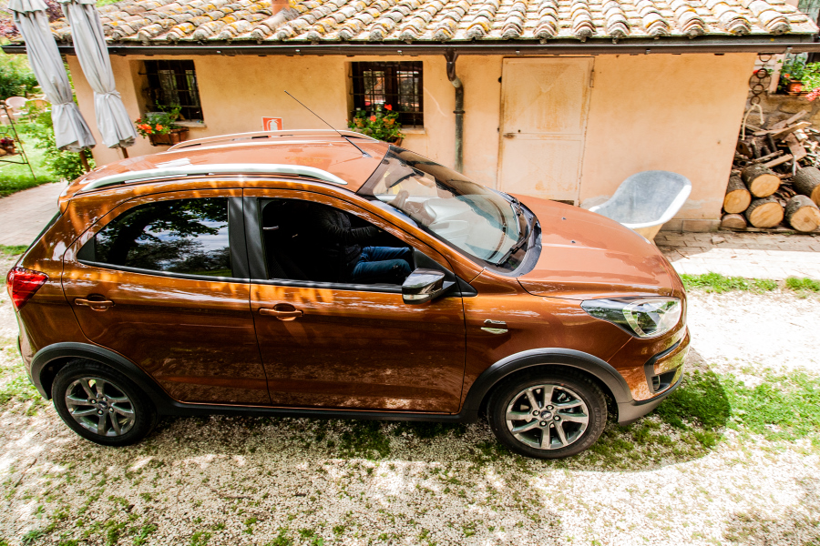 ford-KA+Active-performancemag.it