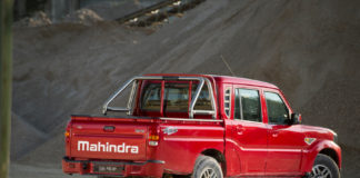 mahindra-GOA-pik-up2019-performancemag.it