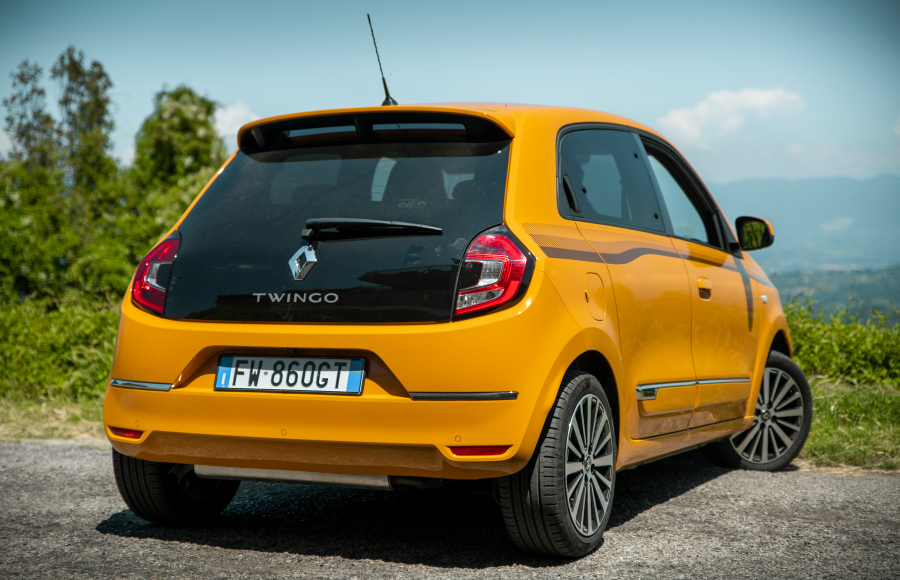 prova.newTWINGO2019-performancemag.it