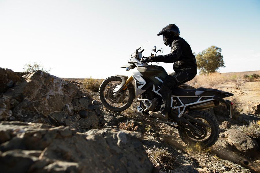 triumph tiger900-2020-performancemag.it