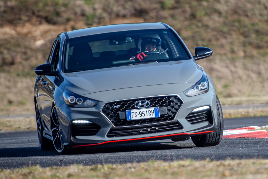 test-performancemag.it-hyundai-i30N FB