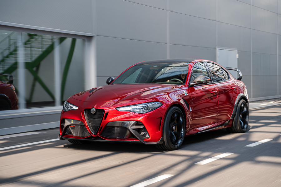 alfa-romeoGTA-performancemag.it