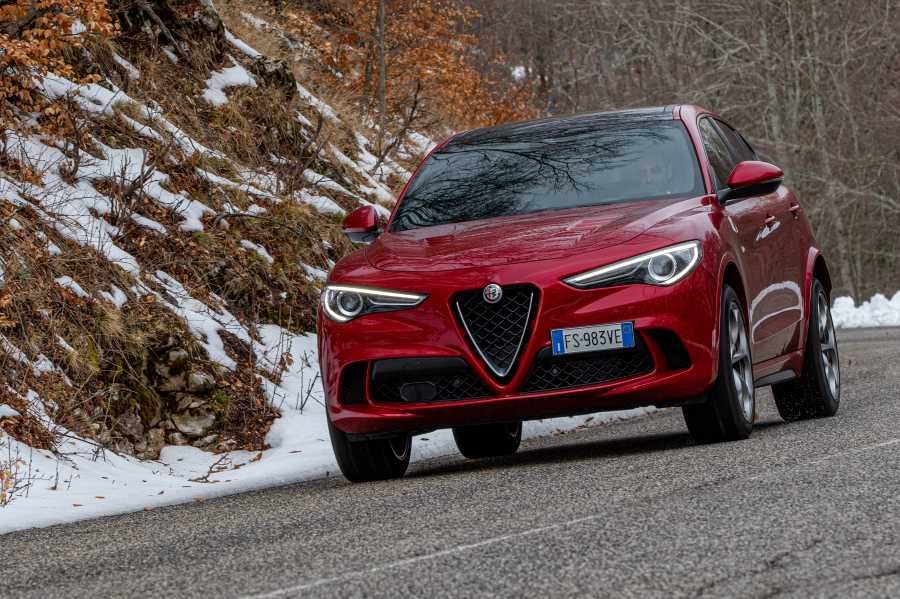 alfa-romeo-stelvio-quadrifoglio2020-performancemag.it