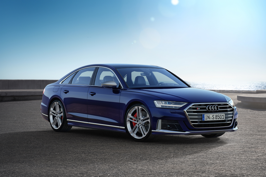 performancemag,it2020-audiA8 hybrid plug-in