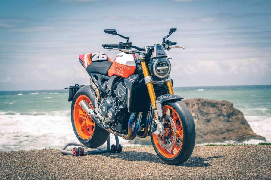 performancemag.it2020-hondaCB1000R-