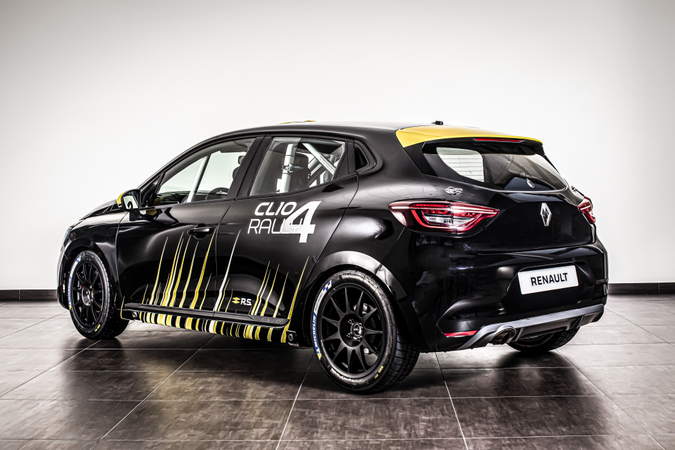 Renault-Clio-RALLY4-performancemag.it-2021-