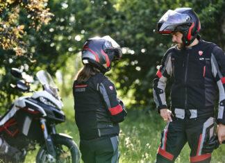 ducati-smart-jacket-dainese-performancemag.it-2021
