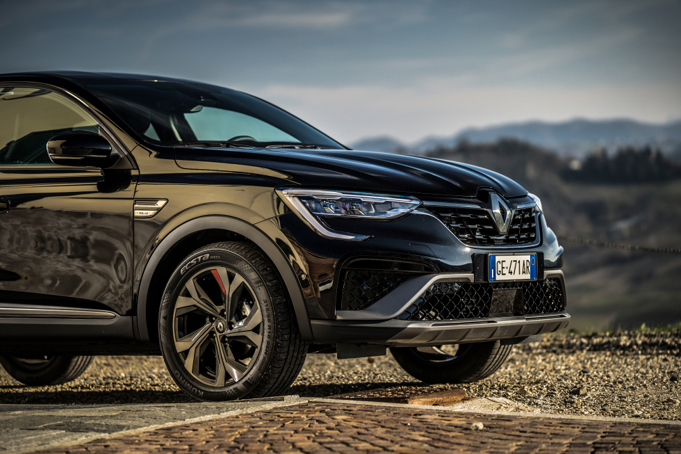 RENAULT-ARKANA-test2021-performancemag.it