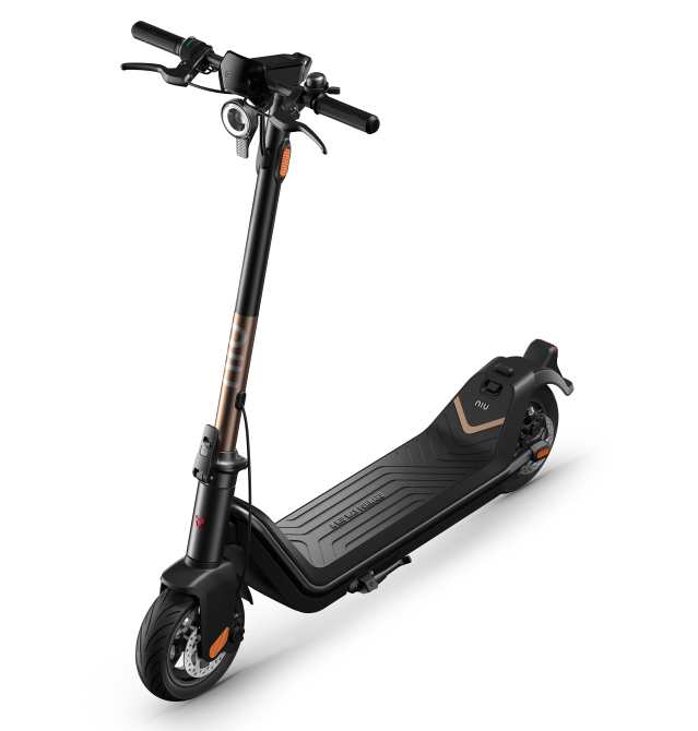 NIU-KICK-SCOOTER-performancemag.it-2021