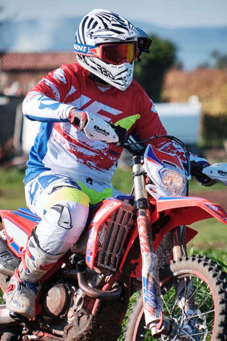 divertirsi in offroad- andrea rivabene - performancemag.it 2021