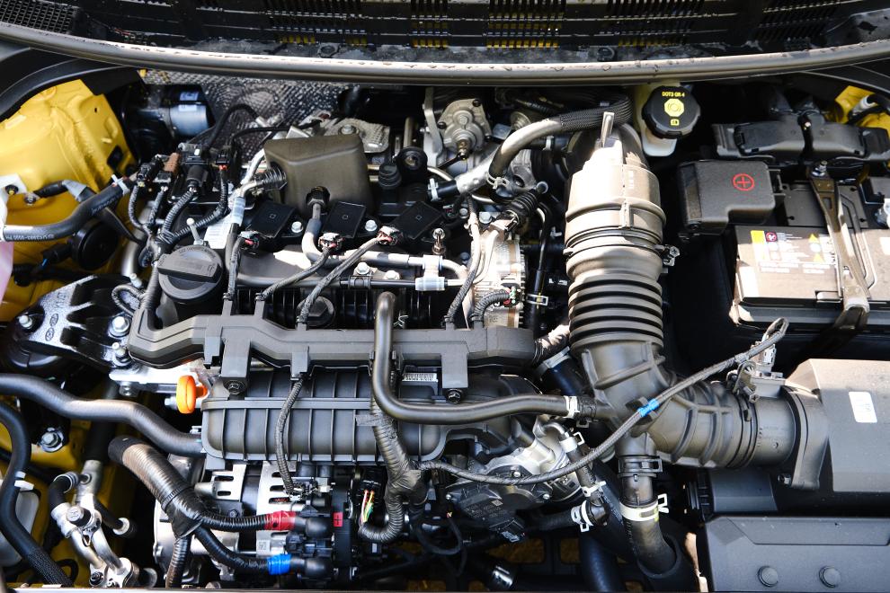 KIA STONIC GT LINE MILD-HYBRID - performancemag.it 2021