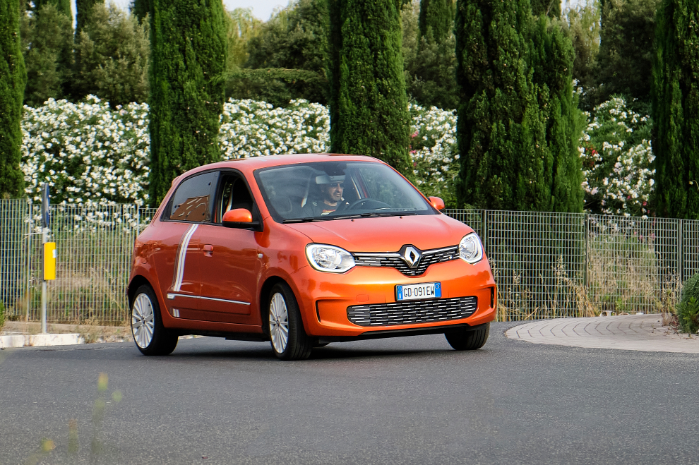 renault-new-twingo-electric-vibes-performancemag.it-2021